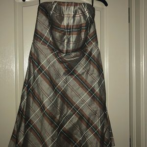 Banana Republic size 6 plaid strapless dress